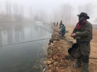 Lago de pesca en Melgar de Fenamental